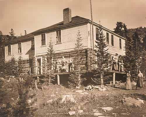 Pine Log Inn - Lake Eldora