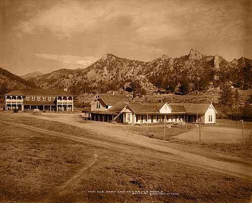 ElkHorn Lodge - Estes Park