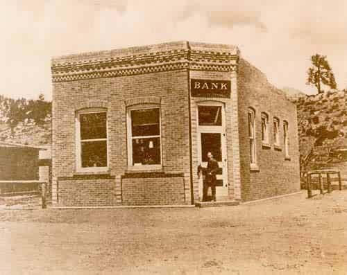 Bank-Estes Park
